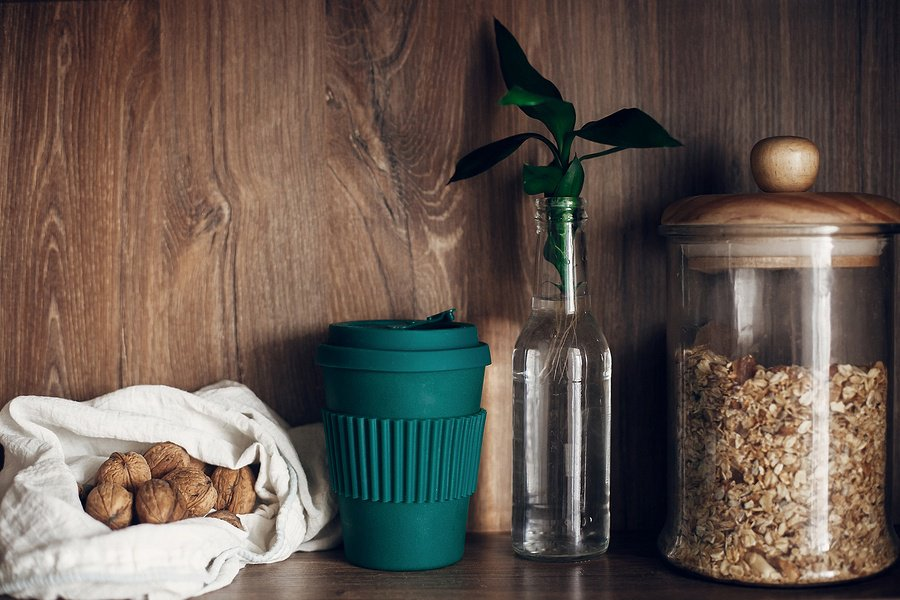 10 Reusable Containers So You Can Stop Using Plastics Once and For All