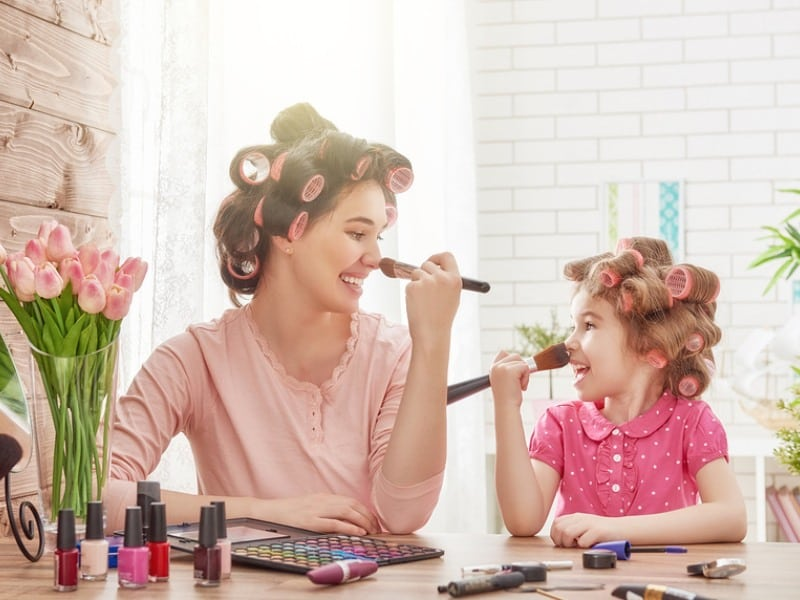Mother's Day Gift Guide: Gifts for Moms Who are Obsessed with Makeup