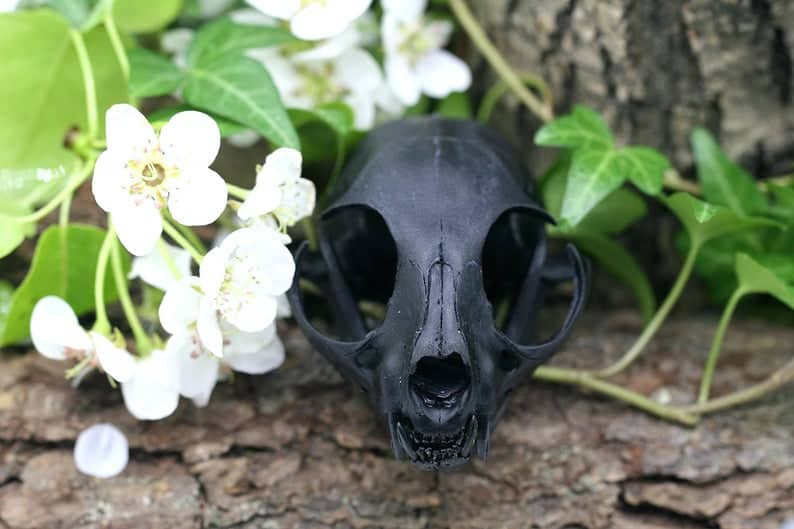 15 Haunting Halloween Home Decor to Spook Your Guests!
