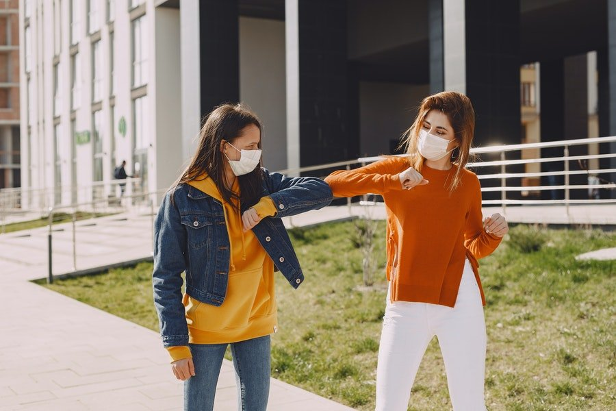 Covid-19 Street Style: Essential Summer Fashion Must-haves Amidst the Pandemic