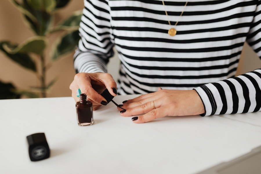 At-Home Manicure Essentials: Best Gel Kits Right Now