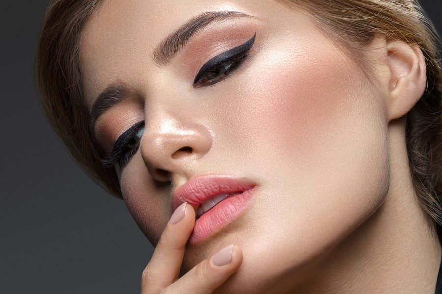Zoom Meeting Makeup: The Best Longwear Liquid Eyeliners According to Those Who Use Them