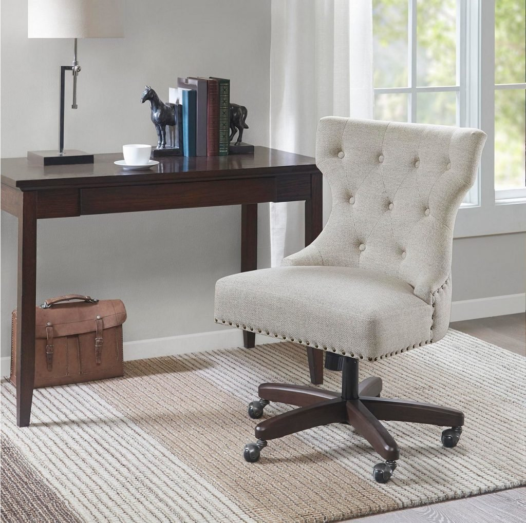 How to Make a Cozy Home Office