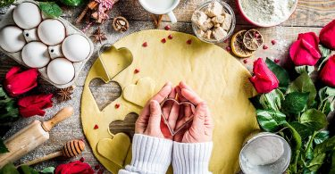 Sweet Valentine's Day Recipes and V-Day Themed Kitchen and Home Accessories