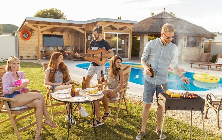 Weekend Cookout Essentials You Need for a Memorable Spring Break
