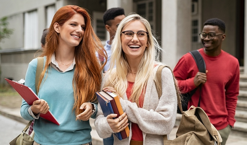 Fashionable Fall Semester: Back to School Wardrobe Essentials for Teens and Young Adults